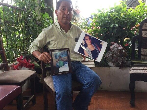 Don Santos asegura que no hay momento en que deje de pensar en su compañera sobre todo cuando ve a su bebito. Foto: Reiner Montero