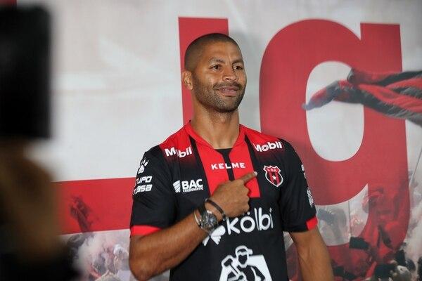 Alajuelense es el tercer club de Álvaro Saborío en Costa Rica. foto: John Durán