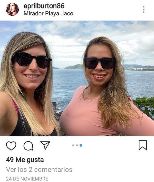 Carla Stefaniak junto a April Burton, su amiga, su cuñada. Foto: Tomada de Instagram