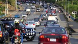 Vuelve la restricción vehicular sanitaria durante el día los fines de semana