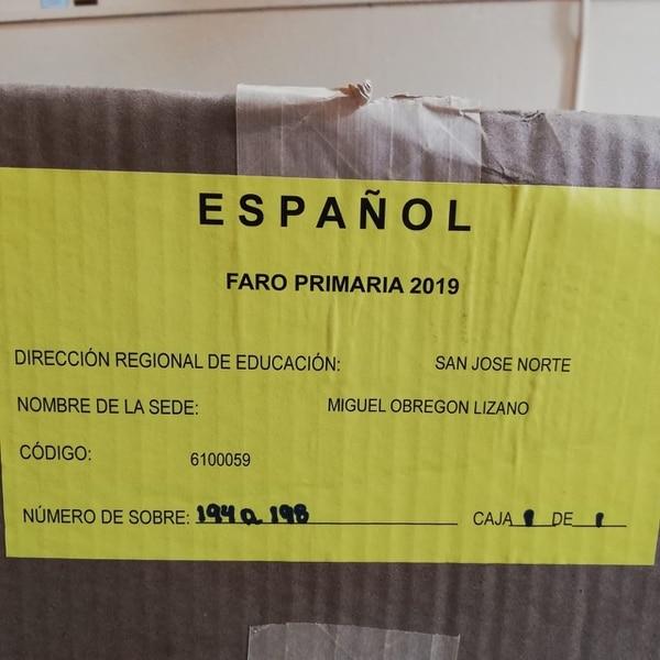 Los alumnos hicieron este martes la prueba de español. Foto: Eduardo Vega.