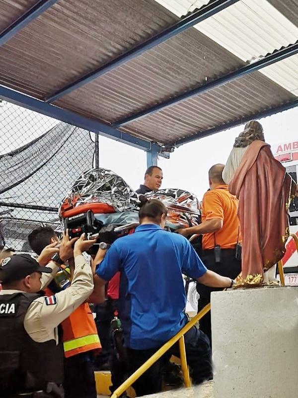 La emergencia se dio a eso de las 11:50 de la mañana. Foto Shirley Vásquez.