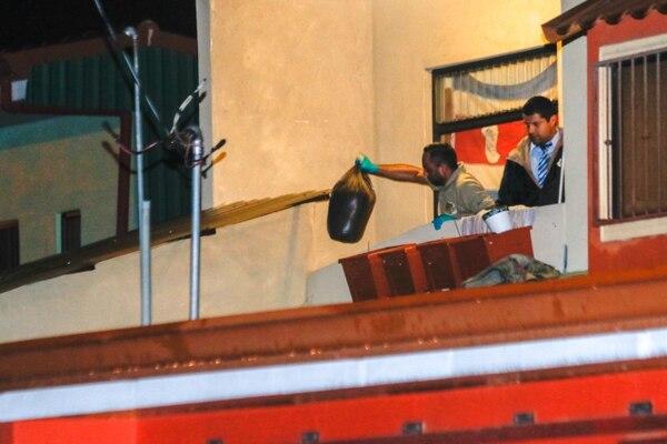 El homicidio ocurrió en urbanización Los Cafetos, en La Aurora de Heredia. Foto: Ignacio Gonzalez León.