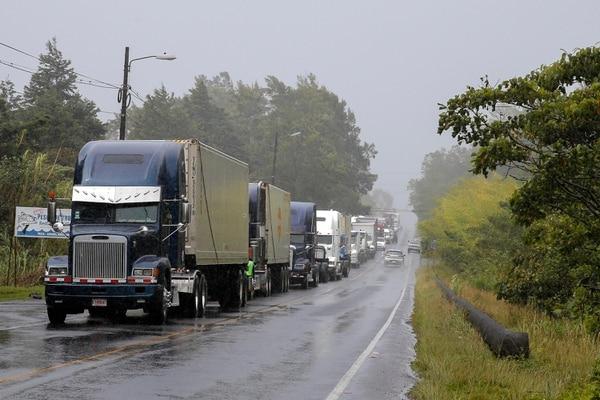 Los camiones pesados no podrán circular por algunas rutas nacionales este fin de semana entre las 2 p. m. y las 9 de la noche. Foto: Mayela López