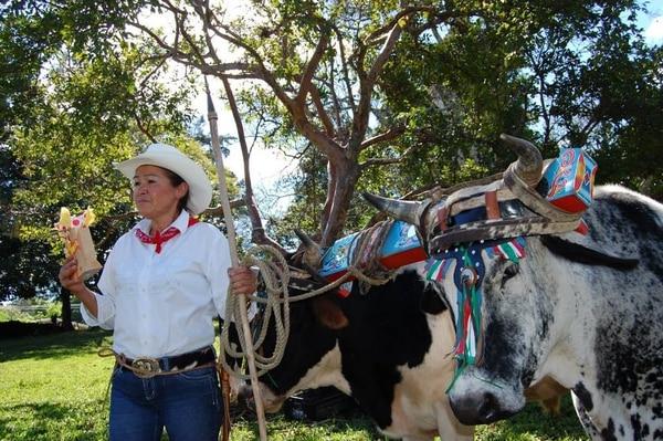 Doña Aida, mujer boyera de San Antonio de Escazú. Cortesía.