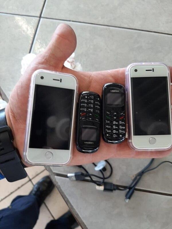 Los decomisos de celulares son pan de cada día. Foto: Justicia.