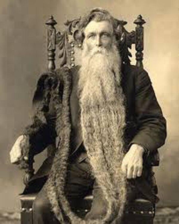 Más de cinco metros medía la barba más grande que se conoce hasta el momento. Foto: www.photos.edu.pl