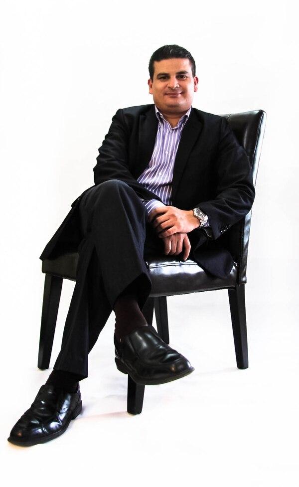 Rafael Ramos, sicólogo.