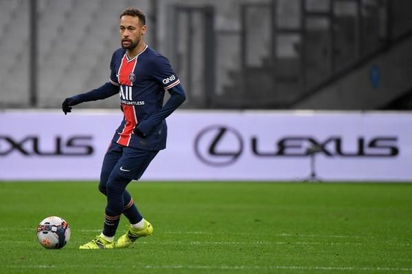 Neymar verá la mejenga por tele. AFP.