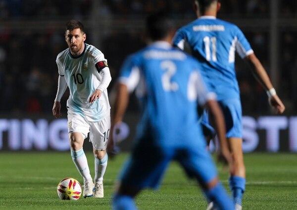 El astro argentino Lionel Messi vacunó en dos oportunidades a los nicaragüenses. AP