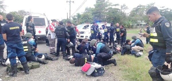 100 policías han resultado heridos en enfrentamientos con manifestantes. Foto: Cortesía.
