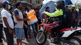 """Vecinos de La Carpio: """"Hasta la comida nos sabe a basura"""""""