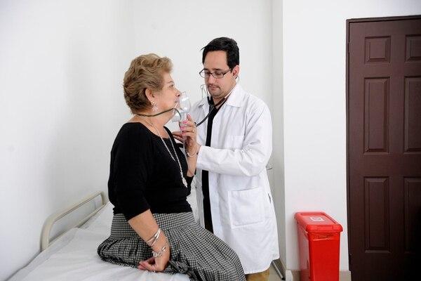 El asma varía según la edad y los factores de riesgo en cada paciente. Foto Rafael Murillo