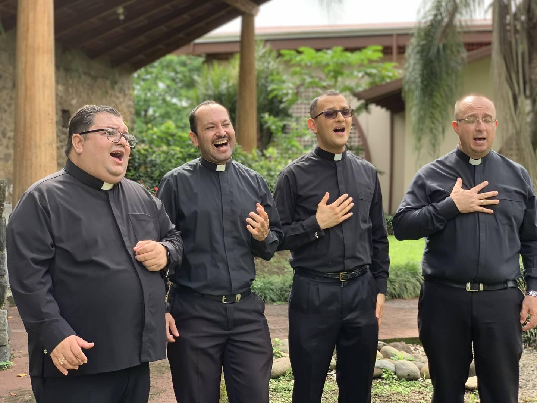 """""""Reina de los Ángeles"""" es una oración hecha canción escrita por los sacerdotes Fabio Hidalgo Rojas, Adolfo Robles Garbanzo, Greivin Chaverri Jeinkins y Gerardo Alpízar Castro, dedicada este 2021 a La Negrita"""