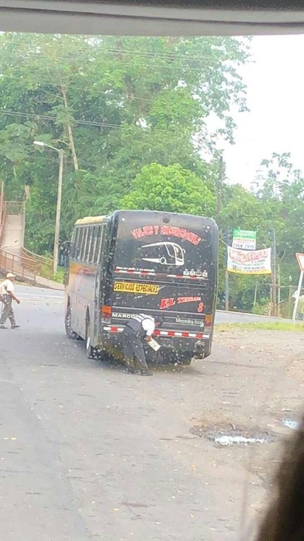 La Asociación Nacional de Empleados Públicos y Privados (Anep) denunció su malestar por las acciones de la policía de tránsito. Foto: Cortesía