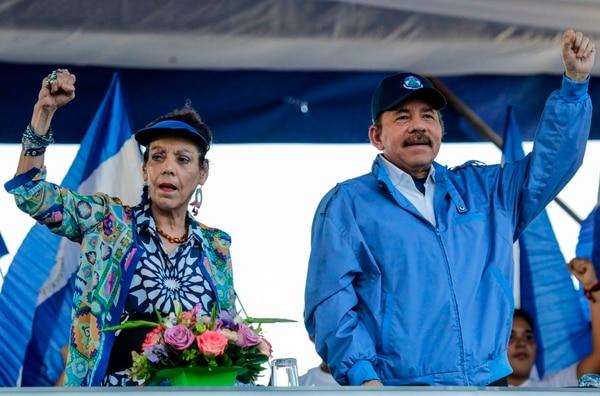Las manifestaciones exigen que Ortega y su esposa Rosario Murillo abandonen el poder. AFP