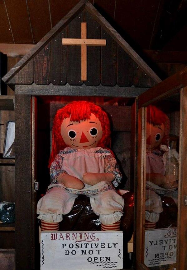 Esta es la verdadera muñeca Annabelle. Foto Museo de los Oculto.