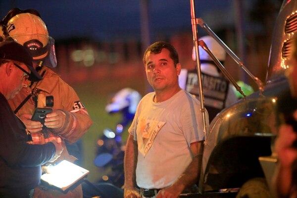 Uno de los traileros estaba muy triste por lo ocurrido. Foto: Rafael Pacheco