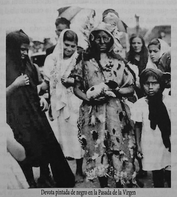 Antes los devotos acostumbraban disfrazarse de negros para que la Virgen les cumpliera su petición. Foto: Rafael Pacheco