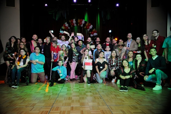 Por noveno año consecutivo la Asociación Proyecto Daniel realizó su tradicional fiesta de diciembre, en este 2018 unos 150 jóvenes de todo el país la disfrutaron. El tema fue Harry Potter con el lema: