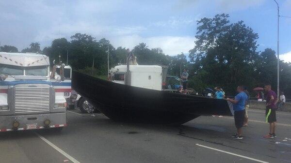 Fernández aseguró que unos 5 camiones son los que están obstaculizando el paso. Jorge Fernández.