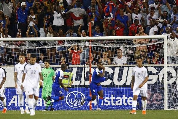 Si la Sele juega ante México de la misma forma en la que lo hizo contra Haití, solo queda encomendarse a Dios. Foto: AFP.
