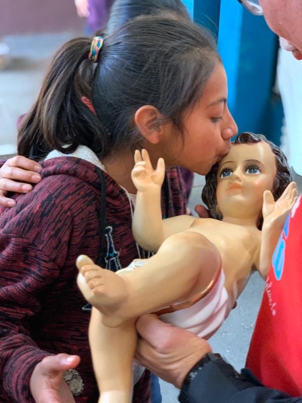 El Niñito Jesús fue bien cuidado por los niños guatemaltecos. Cortesía.