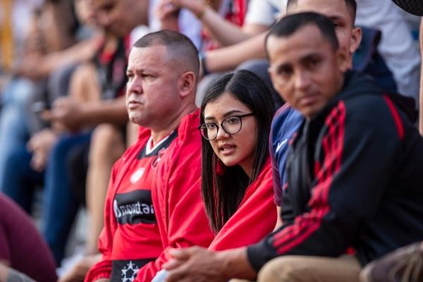 Le respondió la afición a la Liga para llenar el medio estadio habilitado. Fotografía José Cordero