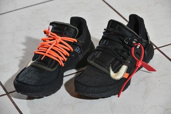 Estas son unas Nike X Off White Presto Black cuyo diseño es bien llamativo porque parece que no fueran pares. Foto: Jorge Castillo