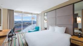 Hotel frente a Estadio Nacional ya no tiene campo para día del concierto de Coldplay, en 2022