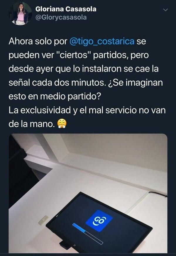Gloriana Casasola se quejó en Twitter del mal servicio de Tigo. Foto: Twitter.