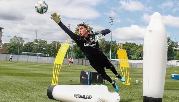 Keylor Navas es portero del Real Madrid desde el 2014. Foto: Facebook Keylor Navas