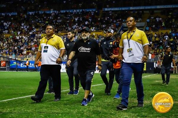 Como el polémico personaje que siempre ha sido,Maradona no fue a Francia a la premier de su documental. Foto Dorados de Sinaloa.