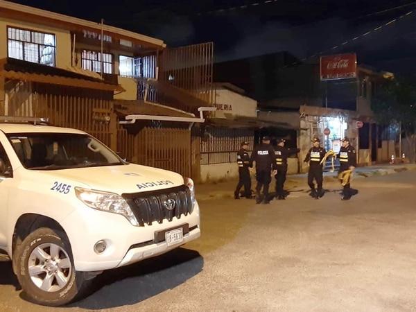 El ataque mortal se dio en Villa Esperanza de Pavas, muy cerca de la iglesia católica. Foto: Carlos Láscarez.