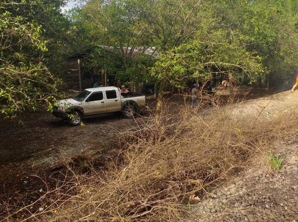 Un vecino fue quien encontró la fosa en la que habían enterrado el cuerpo de Yendry. Foto: Cortesía.