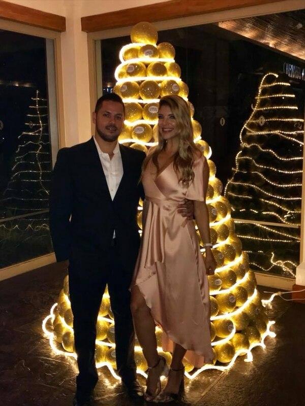 La pareja se comprometió en octubre del año pasado. Foto: La Roncha CR.
