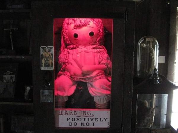 Esta es Anaballe, la famosa muñeca, en el museo de Los Warren, que tendrá la compañía de Claribel. Foto: Cortesía Israel Barrantes.