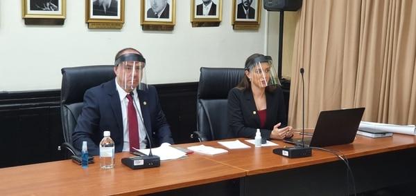 Espinoza defendió la labor del OIJ en el caso ante los diputados.Foto cortesía despacho diputado Gustavo Viales