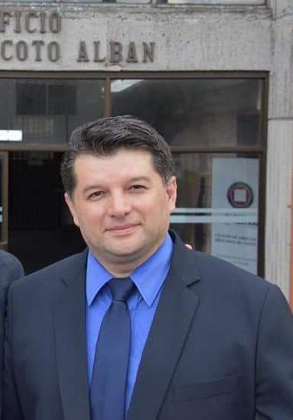 Arcelio Hernández, abogado de la exmiss Costa Rica Jazmín Morales. Foto cortesía