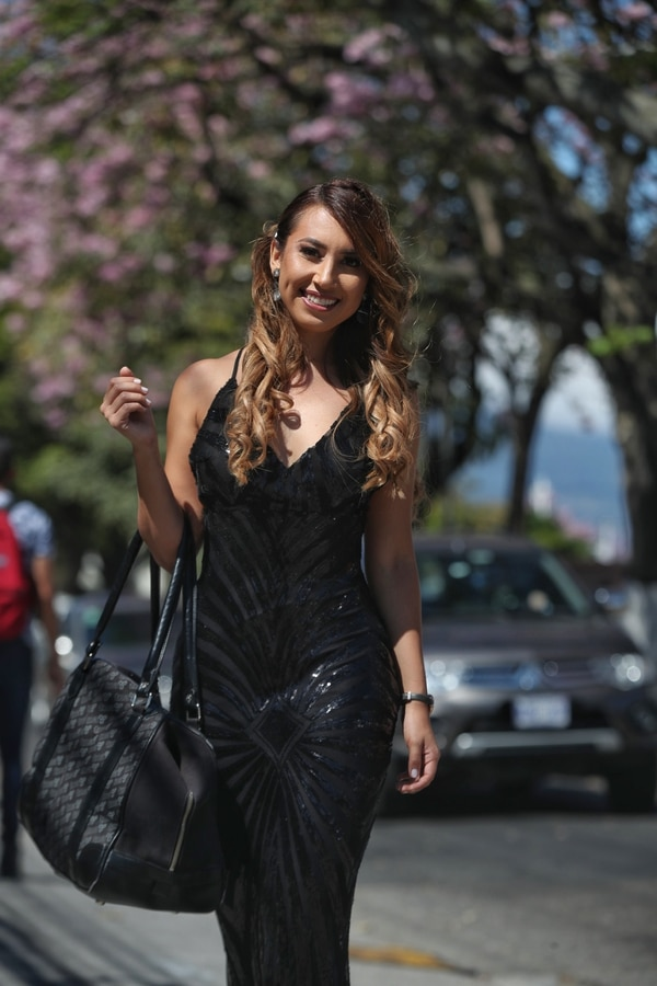 Sharon Morales contó que se inscribió el último día (sábado) y que es su primer concurso de belleza. Foto: John Durán