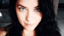Cantante tica queda embarazada siete años después haberse operado para no tener hijos