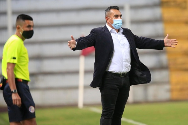 Giacone asegura que su equipo será el que gane la liguilla. Foto Rafael Pacheco.