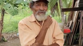 Video: Sobrevivió a tormenta Nate y ahora lucha contra la pobreza y el olvido