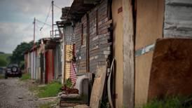 321 mil personas más entran en pobreza
