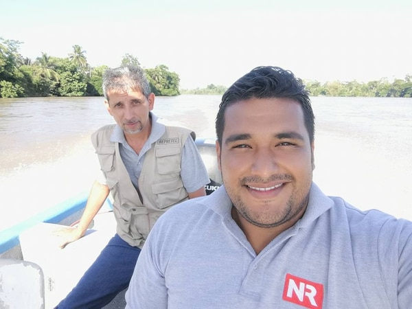Gustavo Díaz y Rigoberto Arias iban juntos a todas las coberturas desde hacía tres meses. Foto: Tomada de Facebook.