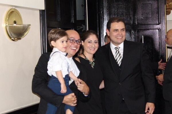 Astorga estaba muy contento de ver a su hermano como el nuevo presidente del Congreso. Foto: Fracción PLN