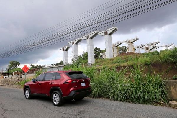 La construcción del viaducto va bien.