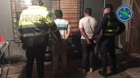 Cartera de mujer delató a dos asaltantes en La Carpio