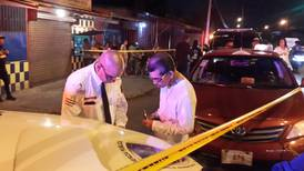 Taxista que atropelló y mató a viejito dice que se encandiló y no vio que semáforo estaba en rojo