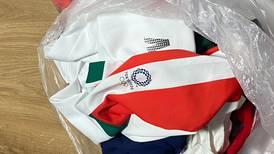 Jugadoras mexicanas de sóftbol acusadas de botar a la basura uniformes olímpicos